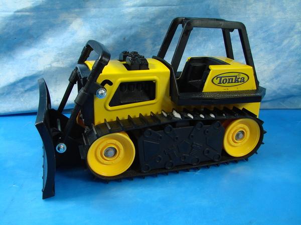 Vintage Tonka Tractors : Vintage hasbro tonka tractor buildozer construction