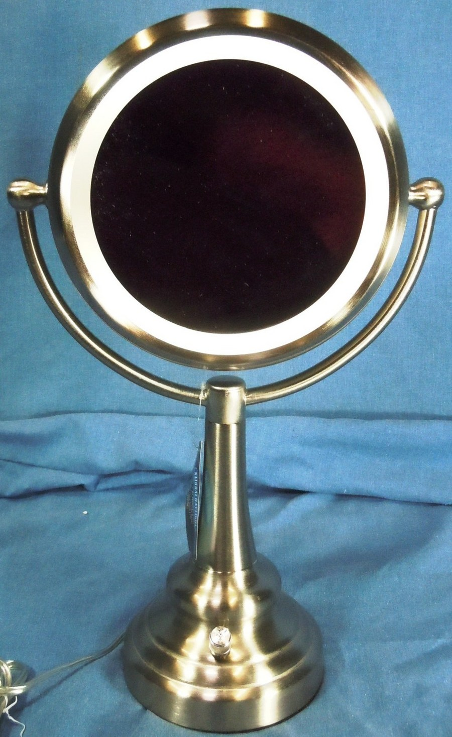 Sunter Natural Daylight Lighted Vanity Mirror NIB