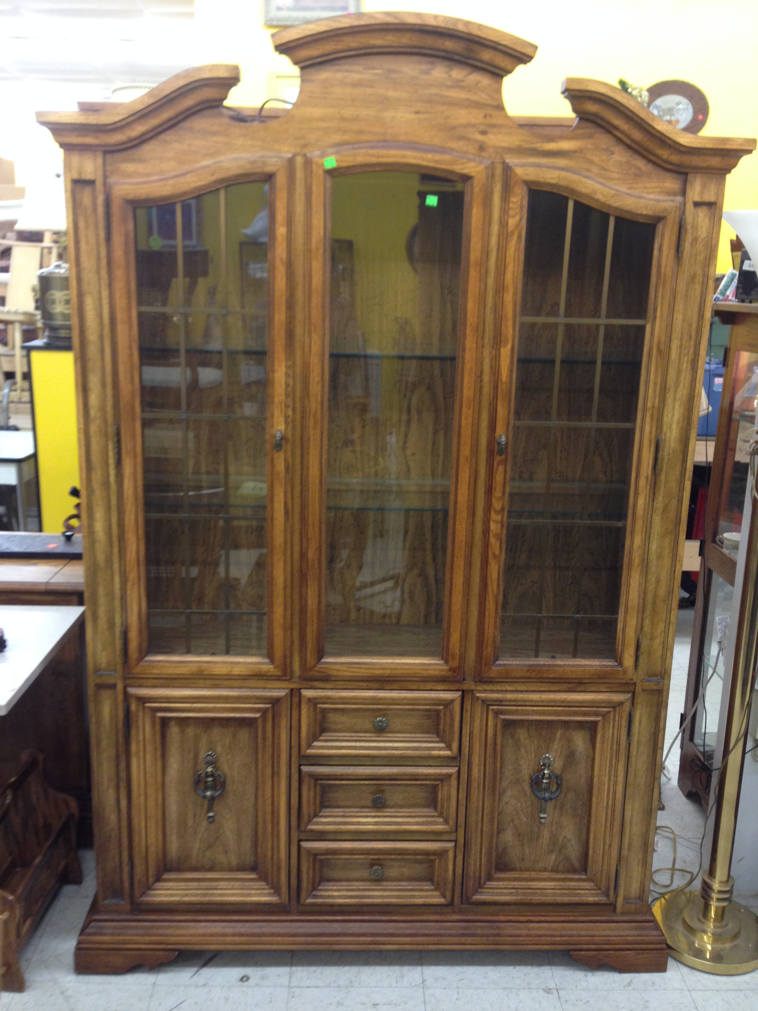 Stanley Furniture Lighted Hutch
