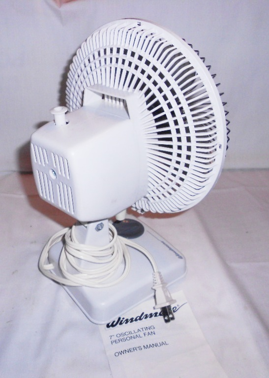 Windmere Table Fan : Vintage windmere small quot oscillating desk fan speed