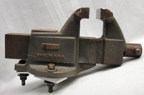 Vintage Columbian 504 M2 Machinist Iron Bench Vise 4 Jaws Opens To 7 5 Wide Ebay