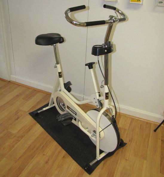 BODYGUARD ERGOPED 955 ERGOCYCLE EXERCISE BIKE/BICYCLE