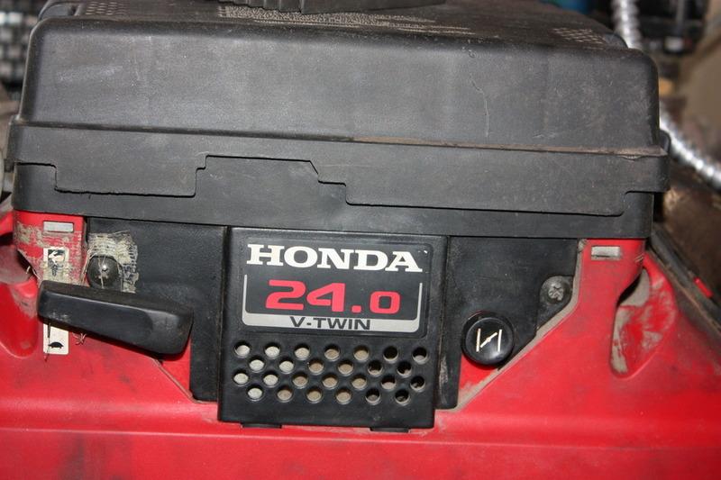 Honda 24.0 V-Twin Horizontal Shaft Engine 24HP (FOR PARTS) | eBay