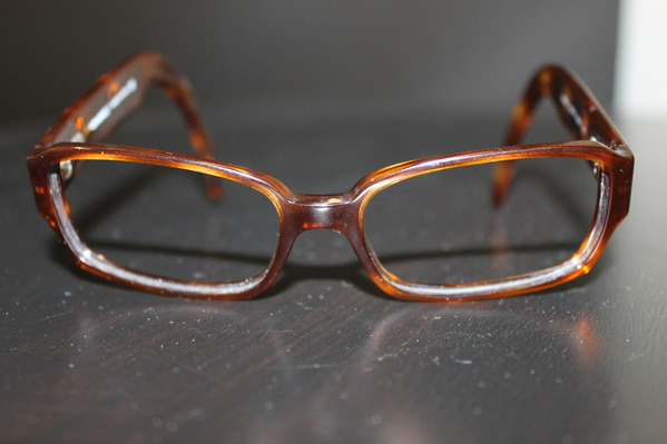 eyeglass trends  tortoise eyeglass