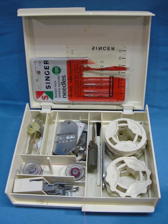 singer futura 900 sewing machine