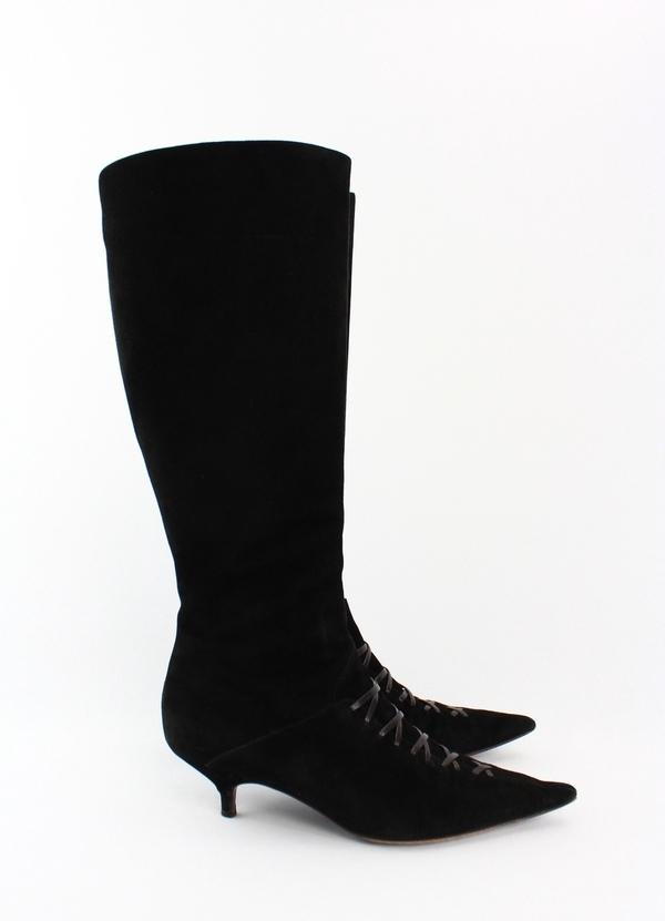 oscar de la renta black suede knee high kitten heel side