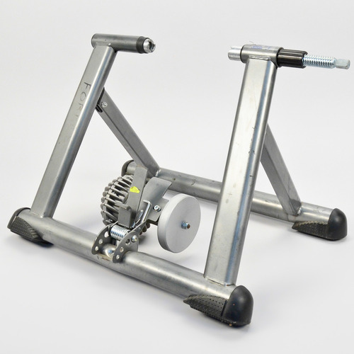 Performance Fluid Bicycle Trainer & Riser Block // Road