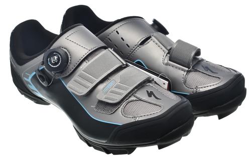 Bm Shoe Size C D
