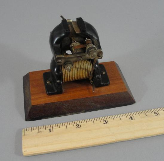 Electric Irons From The 1900s ~ Circa original antique miniature cast iron electric
