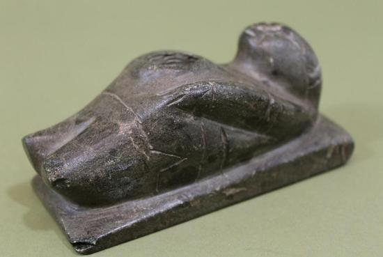 Carved Stone Pipe : Antique thc northwest coast inuit carved steatite stone