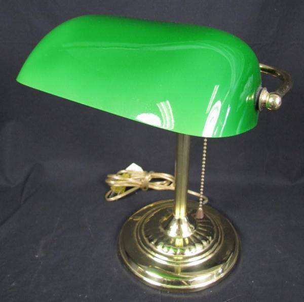 vintage brass green glass shade bankers desk lamp ebay. Black Bedroom Furniture Sets. Home Design Ideas