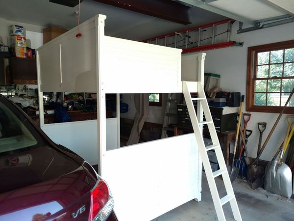 Full Sized White Wood Loft Dorm College Room Elevated Bed