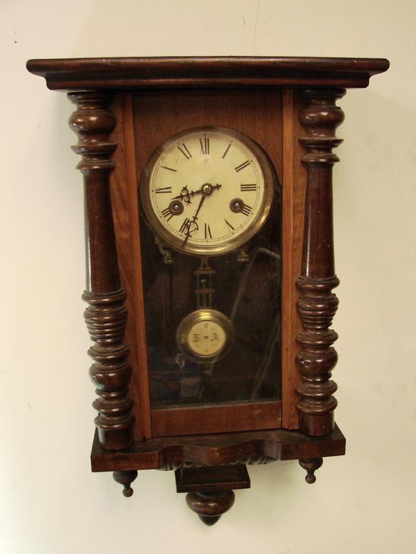 Antique vintage junghans german wooden hanging wall clock for German pendulum wall clocks