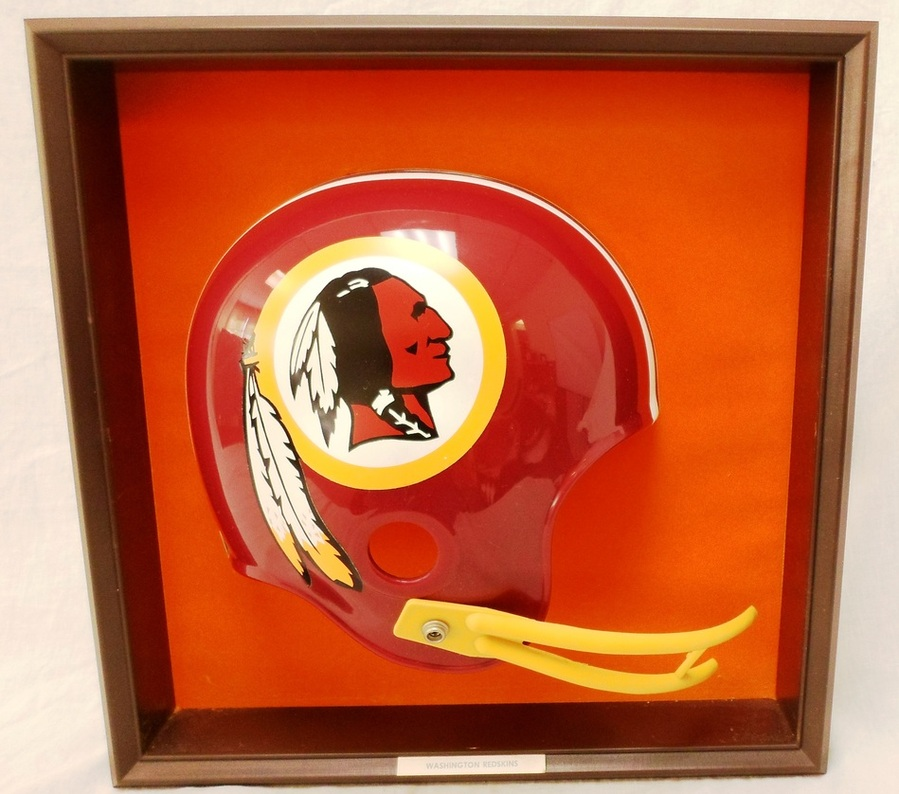 vintage 1970 39 s washington redskins placo nfl football helmet wall plaque. Black Bedroom Furniture Sets. Home Design Ideas