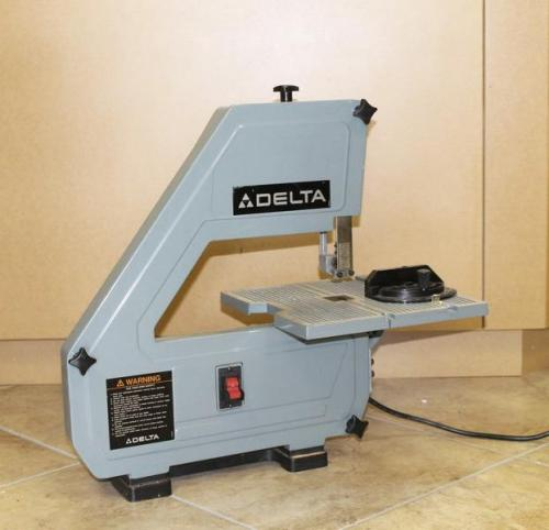 Delta 28 160 Bench Top Band Saw 1 5 Hp With Six Unused 56