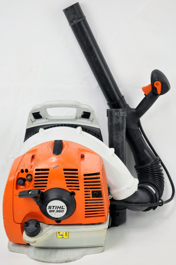 Stihl Power Blowers : Stihl br gas powered backpack leaf blower cc