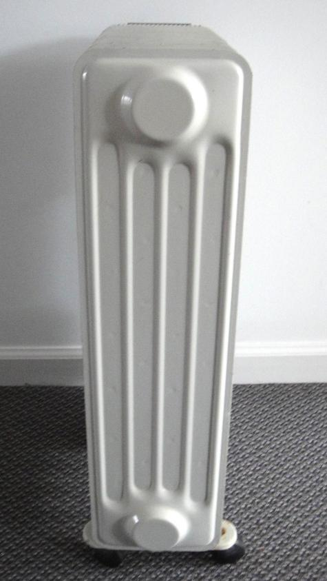 delonghi type 3107 electric 1500w portable radiator oil. Black Bedroom Furniture Sets. Home Design Ideas