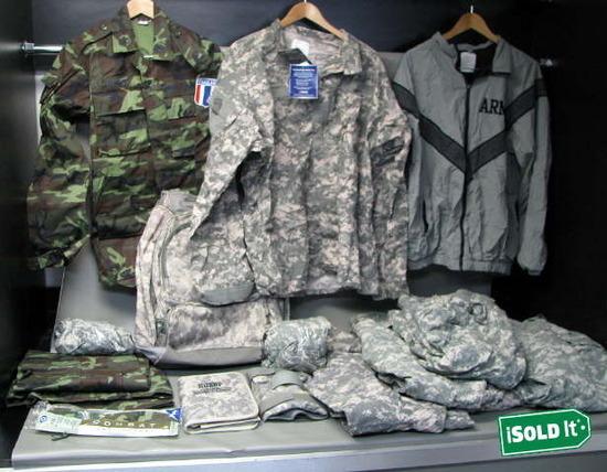 BOX OF US ARMY NATIONAL GUARD DIGITAL - 87.7KB