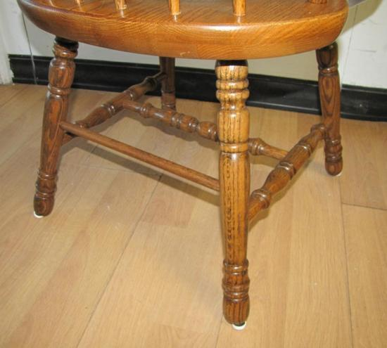 PAIR 2 SOLID OAK WOOD DINING ROOM KITCHEN TABLE ARM CHAIRS