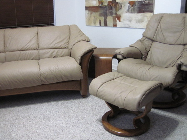 ekornes stressless sofa couch oslo paloma leather in sand on teak ebay. Black Bedroom Furniture Sets. Home Design Ideas