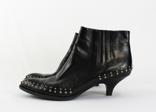 Buy low price, high quality ankle boots with small heel with worldwide shipping on fluctuatin.gq