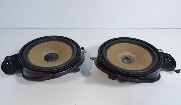 Mercedes benz rear shelf factory speakers 300se 380se 420 for Mercedes benz factory speakers
