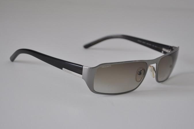 PRADA *** Mens silver metal rectangular frame sunglasses ...