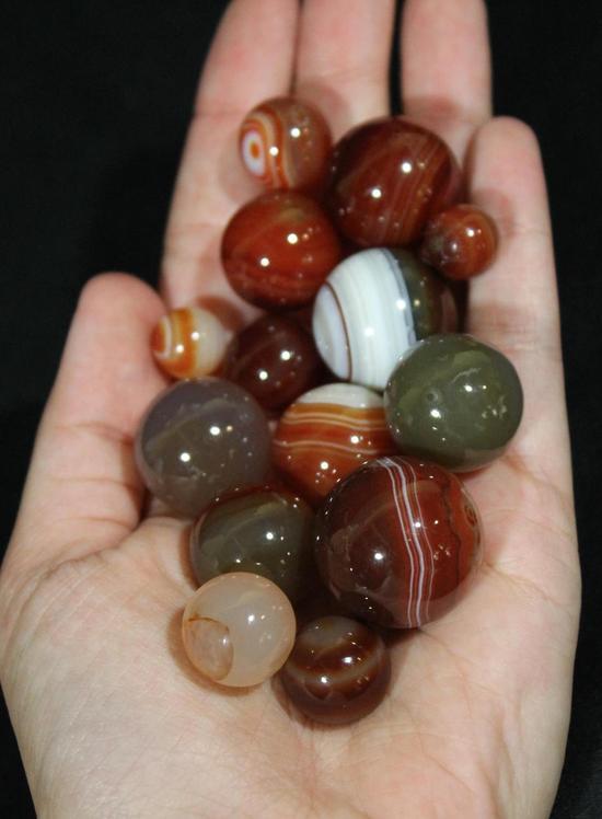 14 Antique Handmade Carnelian Agate Aggie Real Stone