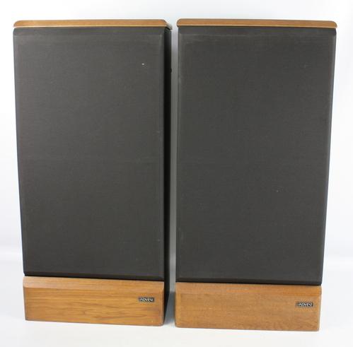 1980s pair advent maestro 3 way floor standing speakers. Black Bedroom Furniture Sets. Home Design Ideas