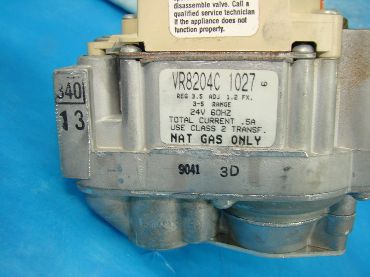 Honeywell Dual Gas Valve Control Intermittent Pilot Ignition VR8204C 1027