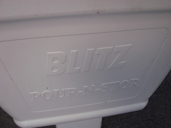 Blitz Pour N Stor Wall Mount Pet Food Storage Dispenser Ebay