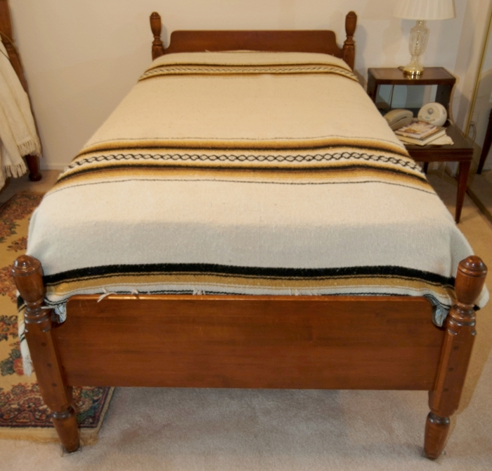 Vermont Hard Rock Maple Bedroom Suite Twin Bed Dresser