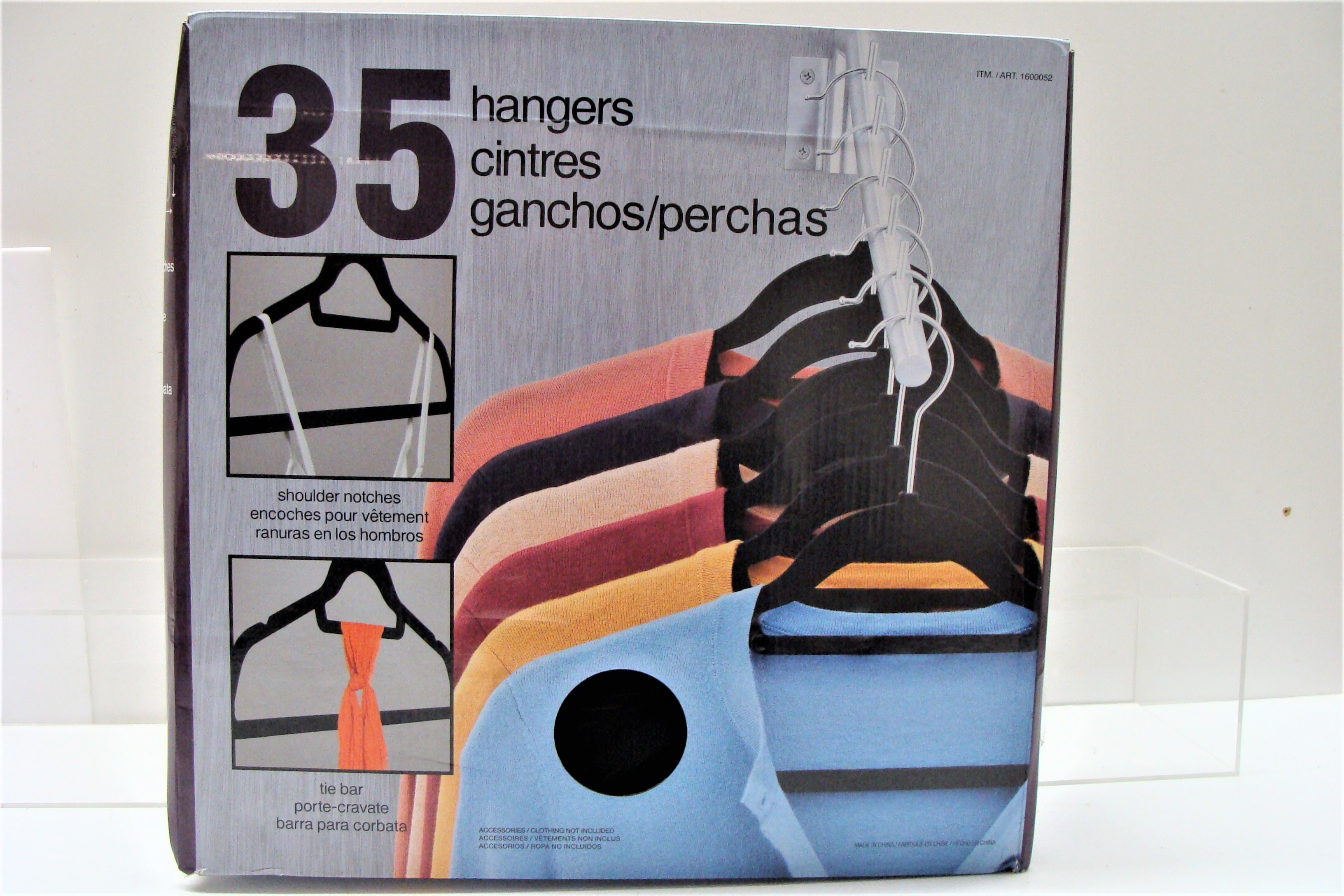 Hangers Boxed Set of 35 New
