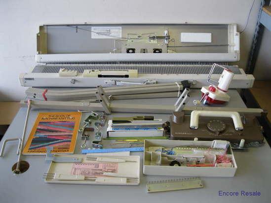 SINGER MODEL 155 KNITTING MACHINE CHUNKY PUNCH CARD w ...