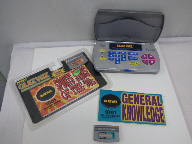 Details about Tiger Quiz Wiz Electronic Handheld Game General Knowledge &  Sports