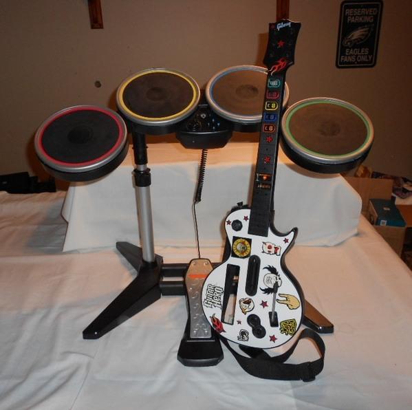 nintendo wii rock band wireless drum kit set pedal guitar hero les paul ebay. Black Bedroom Furniture Sets. Home Design Ideas