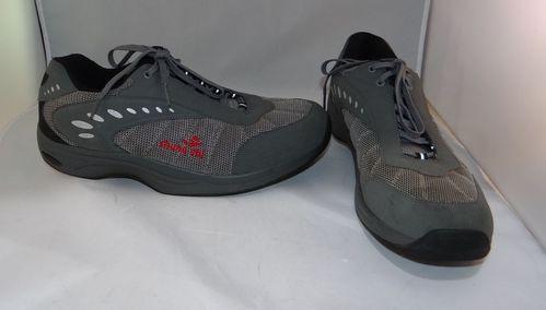 Stafild Chung Shi Walking Shoes