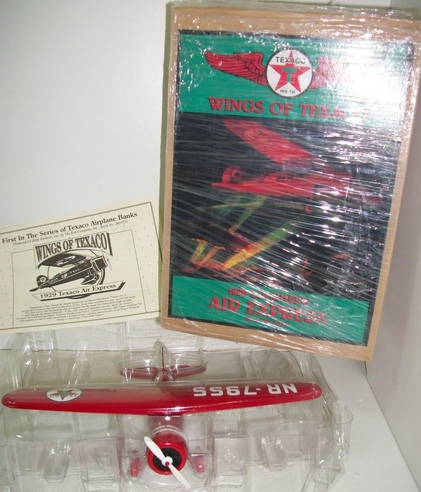 Wings of Texaco 1929 Lockheed Air Express Coin Bank