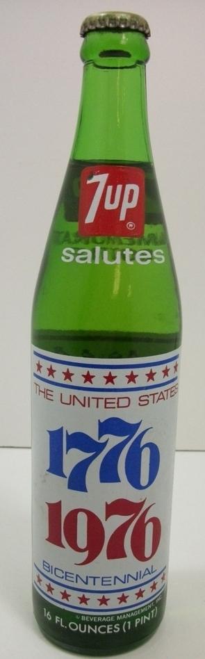 Vintage 1975 7-UP Bicentennial 1776-1976 Commemorative Bottle UNOPENED!