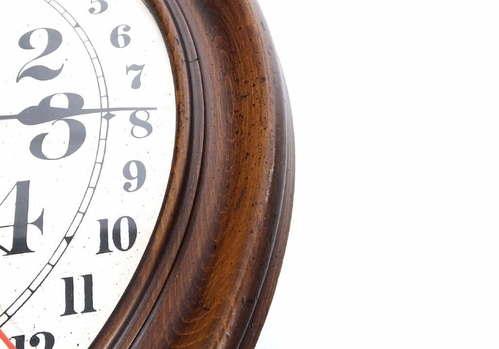 Vintage Howard Miller Barwick 4922 Calendar Wall Clock Key