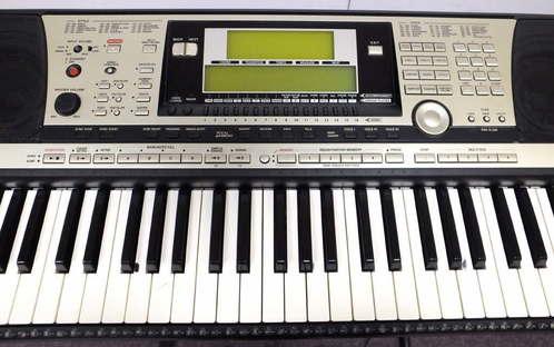 yamaha psr 740 portatone workstation keyboard w soft case. Black Bedroom Furniture Sets. Home Design Ideas