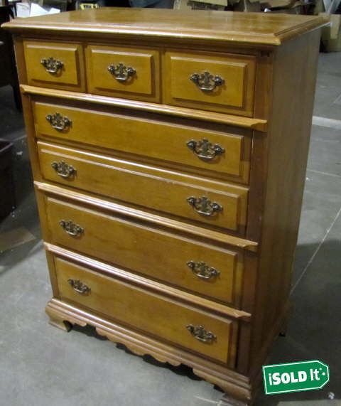 BASSETT FURNITURE INDUSTRIES INC LARGE DRESSER SPICE BROWN
