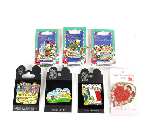 Disney Doppelgangers Pirates Edition: LARGE LOT LIMITED EDITION PINS DISNEY PASSHOLDER EXCLUSIVE