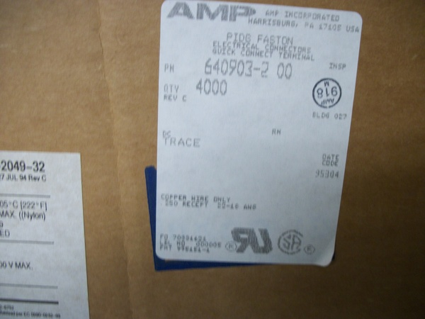 640903-2 AMP CONN QC RCPT 18-22AWG 0.250 ROHS 40 PIECES