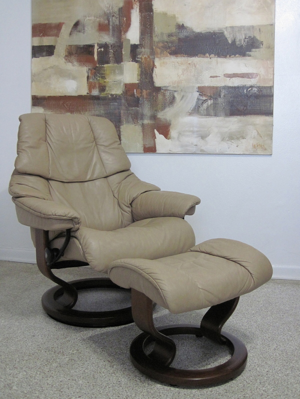 Buy This Used Ekornes Stressless Recliner Chair Modern
