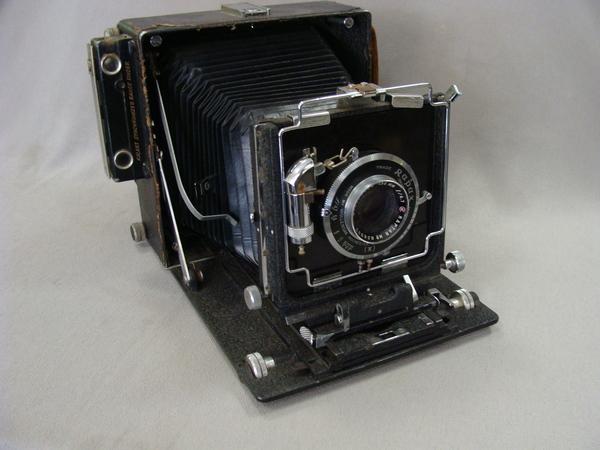 Antique Wollensak 135mm Raptar Rapax Lloyd England Large Format Folding Camera.