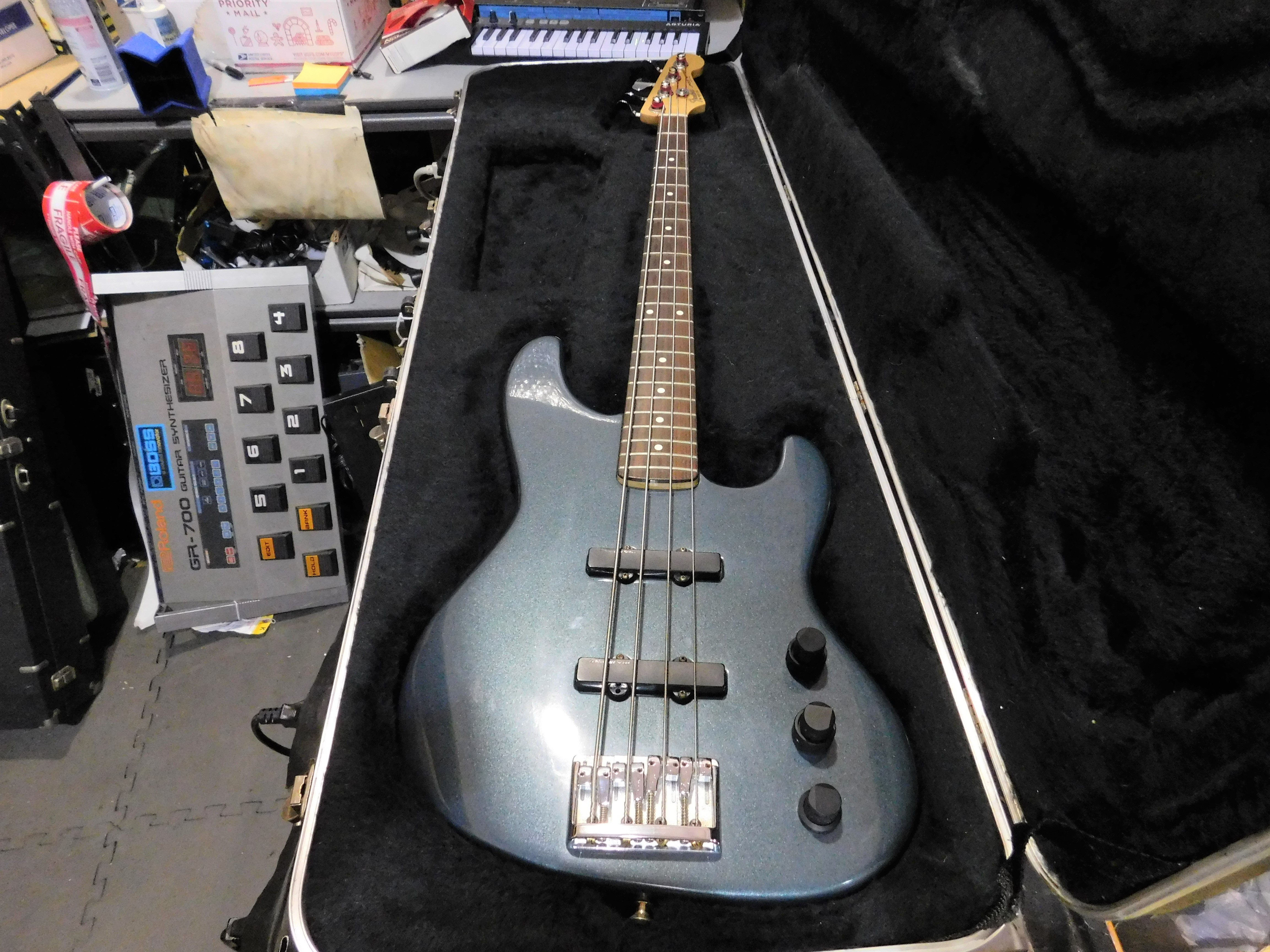 FENDER JAZZ BASS PLUS Electric Bass Early '90s HSC