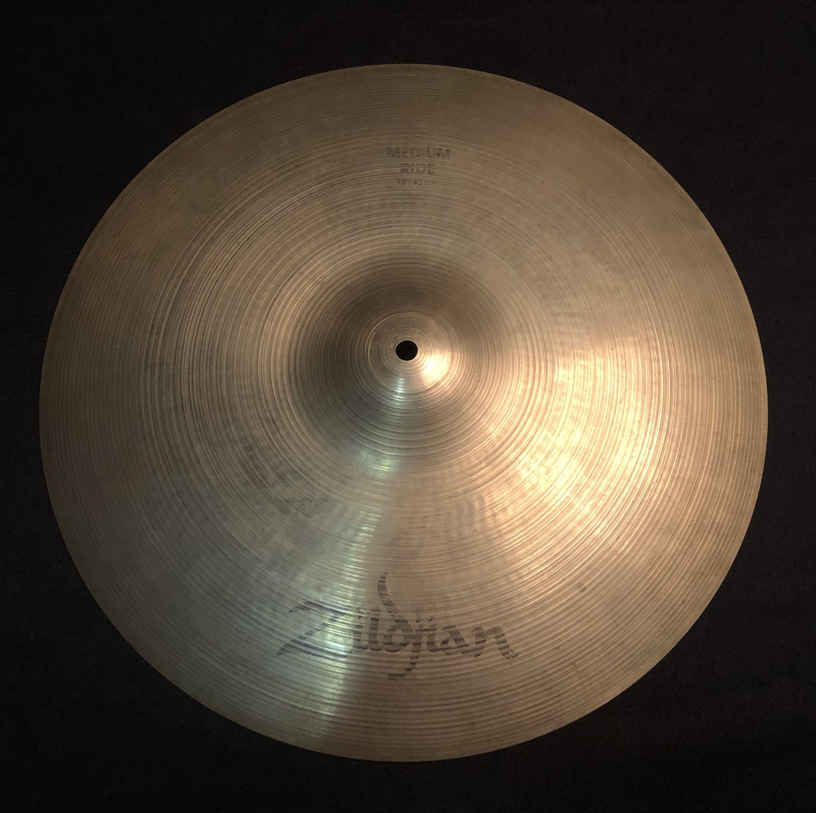 ZILDJIAN - A Series Medium Ride Cymbal 18