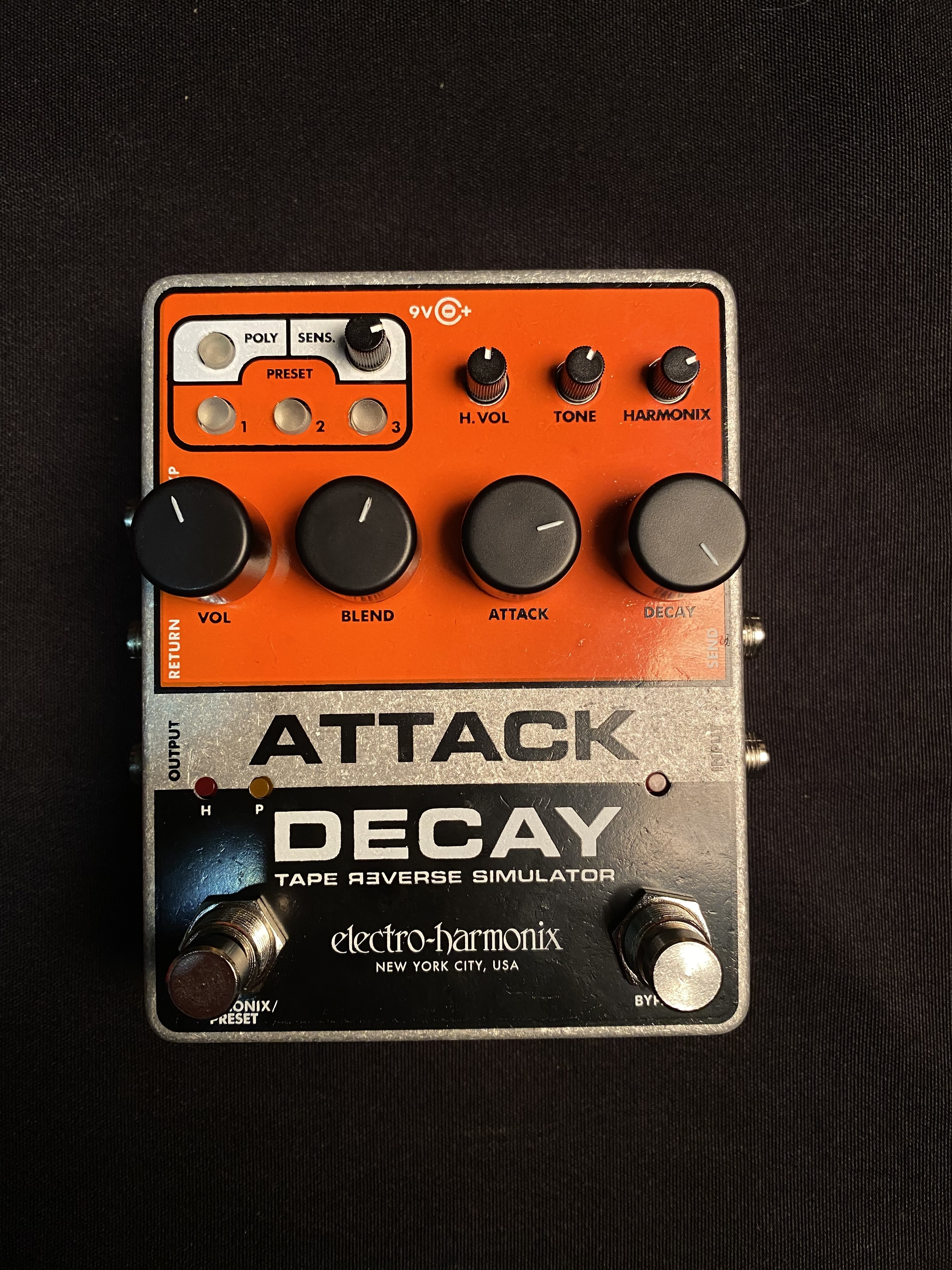ELECTRO-HARMONIX - ATTACK DECAY - DELAY EFFECTS PEDAL