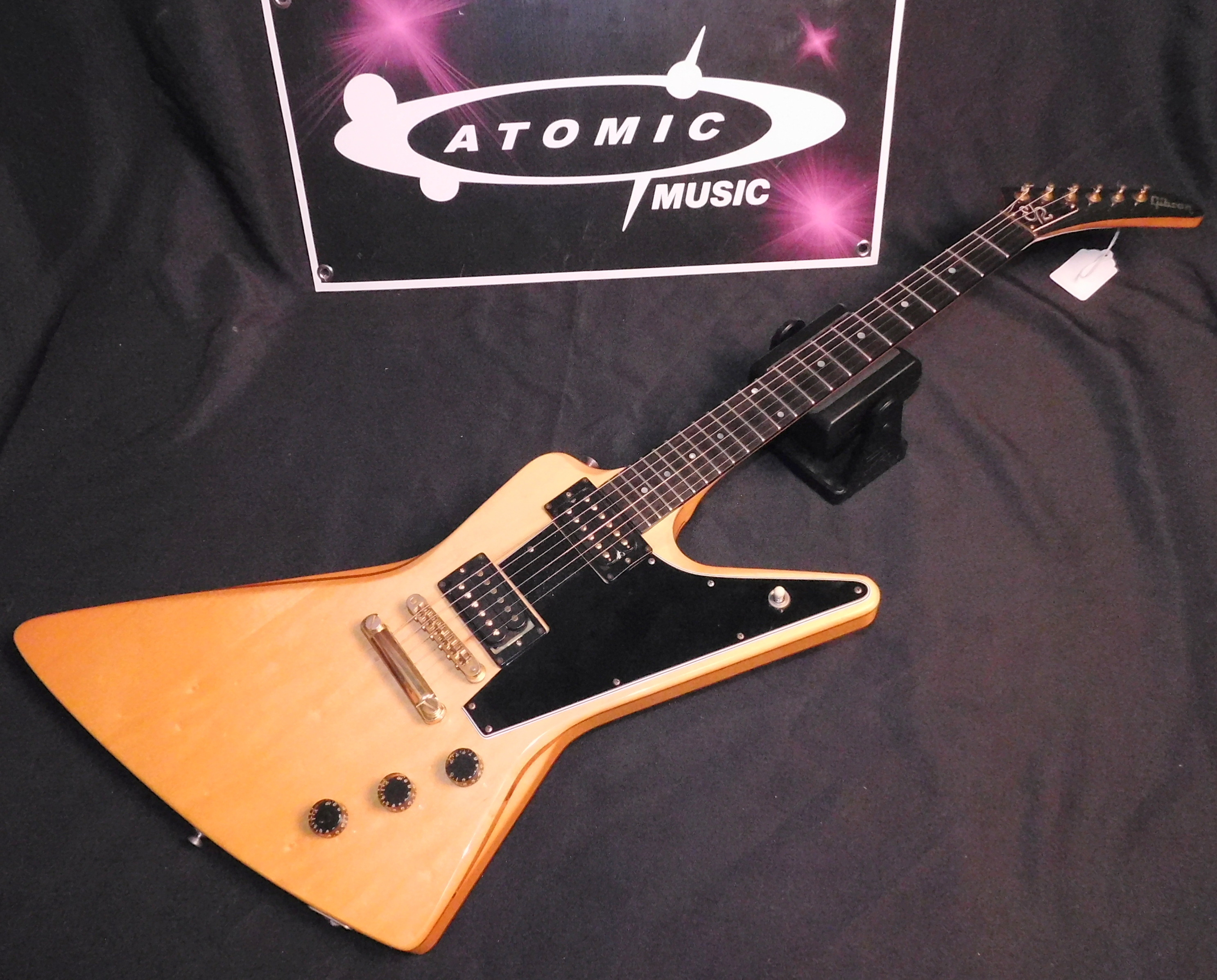 '81 GIBSON EXPLORER II - EX2 - TRUE **VINTAGE** 1981 EX-2 WITH CASE